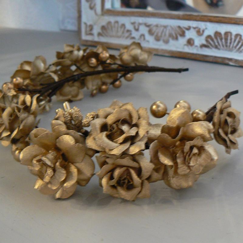 Diadema de flores doradas #I05