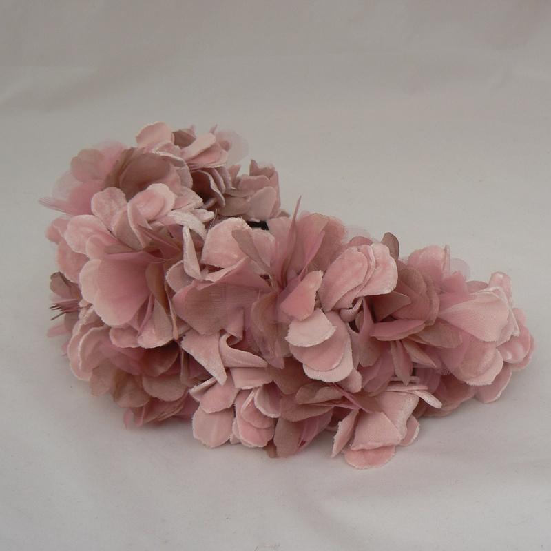 Tiara flores terciopelo #I46